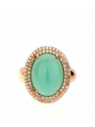 Золотое кольцо с зеленым камнем
