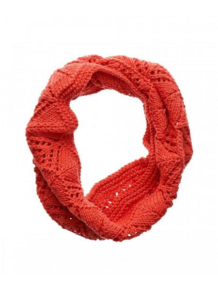 Красный шерстяной шарф