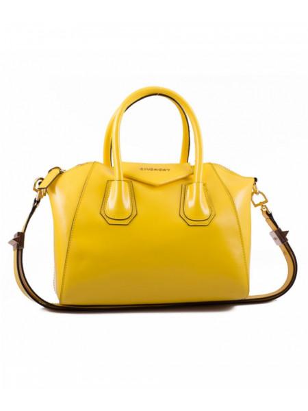 Сумка Givenchy желтого цвета