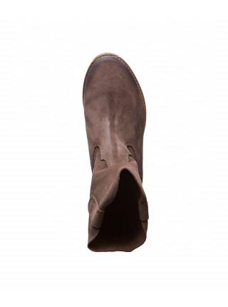 Замшевые коричневые ботинки